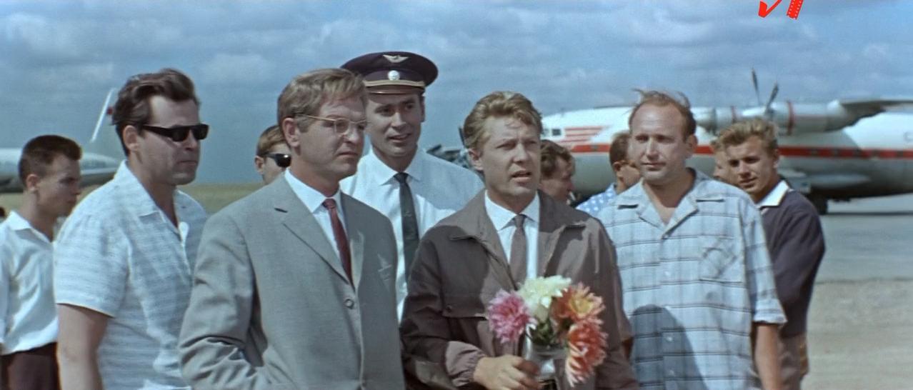 Акваланги на дне.(1966).HDTVRip.x264.720p.[-=DoMiNo=-].mkv_20210503_174544.093.png