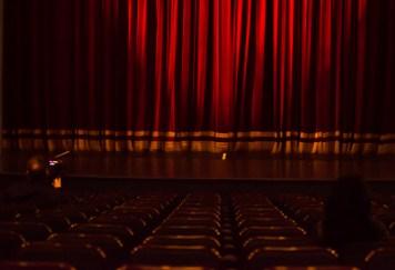 шаблон сайта театра