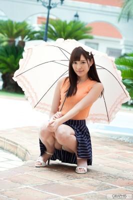 Японская девушка с зонтиком. (Arina Hashimoto)
